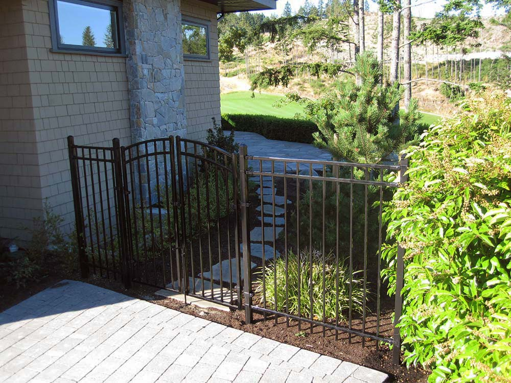 Ornamental Fence Expert For Vancouver Island Amp Gulf Islands